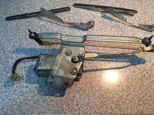 Conjunto motor del lipia parabrisas del 600