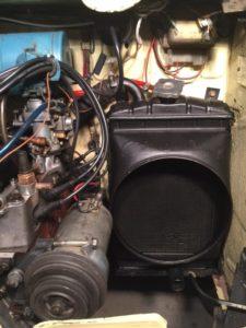 Desmontando el radiador del 600